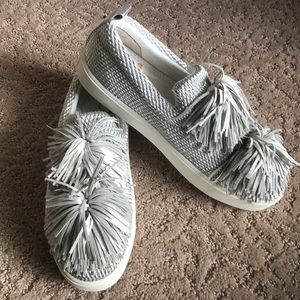 f0e2e81fb7b3 Sam Edelman Shoes - New! Sam Edelman Emory Fringe Pom Pom -7.5